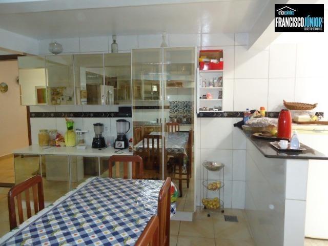 Casa no Setor Coimbra, 4 Quartos 1 suíte, 2 salas, Cozinha com armários, ótima localização - Foto 18