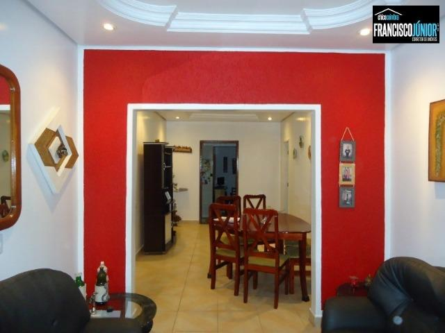 Casa no Setor Coimbra, 4 Quartos 1 suíte, 2 salas, Cozinha com armários, ótima localização - Foto 3