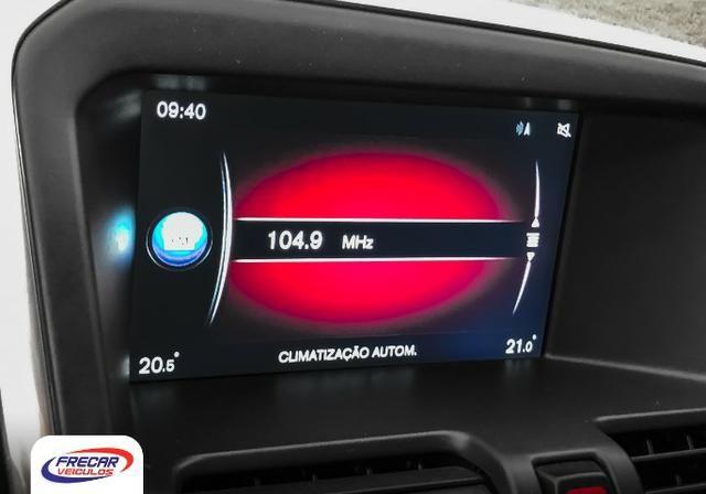 Volvo XC60 T-5 R-Design 2 0