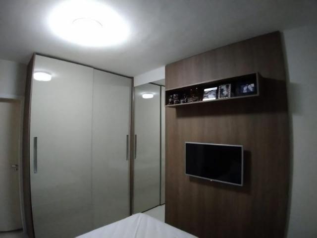 Excelente apartamento 2 Quartos com suíte montado e decorado - Foto 13