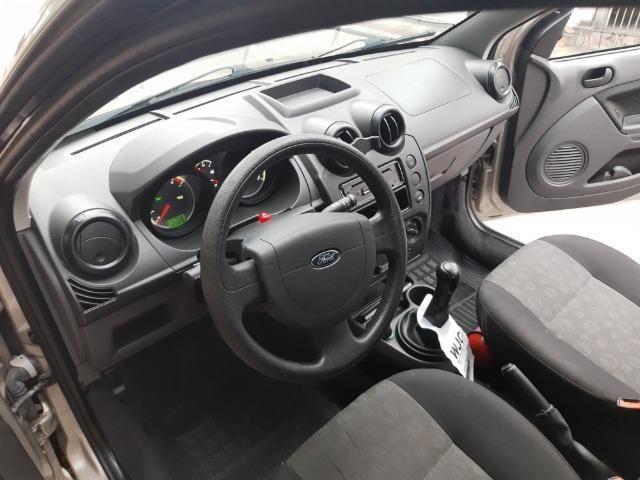 Ford Fiesta 1.0 8V Flex 5P - Foto 8