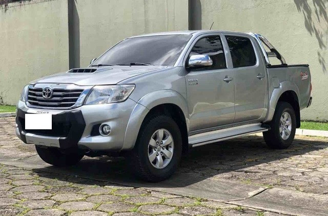 Toyota Hilux Cabine Dupla Hilux 3.0 TDI 4x4 CD srv (Aut) 2015 - Foto 2