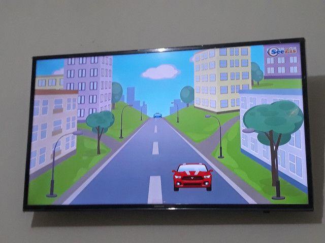TV smart Samsung 43  - Foto 2