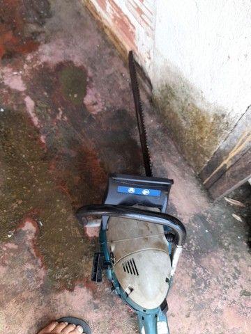 Vendo motor serra makita muito bom 900 reais  - Foto 3