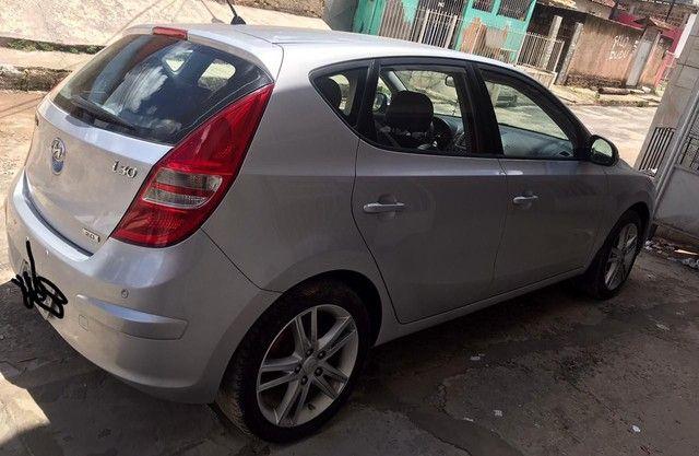 Hyundai i30 extra 2012 2.0 carro de garagem chama no Whats *.