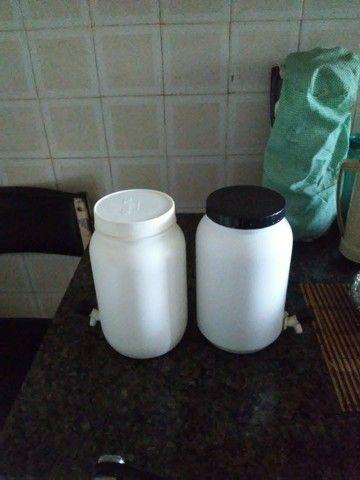 Potes com torneira para sucos e coquetéis - Foto 2