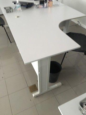 Mesa Escritório 1,20 x 1,20 + Gaveteiro  - Foto 2
