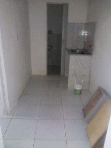 Aluga-se casa pequena - Foto 4
