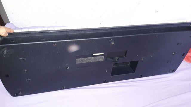 Teclado Yamaha PSR B20 - Foto 3