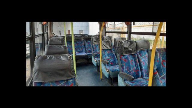 *Vendo microônibus* conservado - Foto 4
