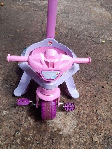 Triciclo Motoka Flower - Passeio e Pedal - Bandeirante - Foto 2