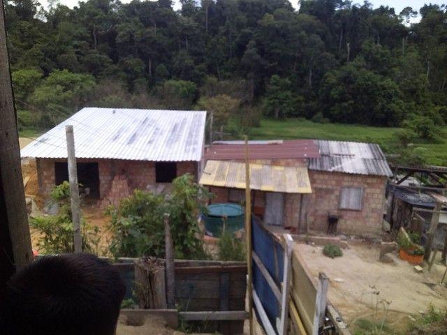 Vendo uma casa de madeira - Foto 6