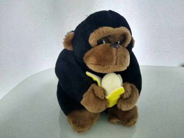 Pelúcia Macaco com banana