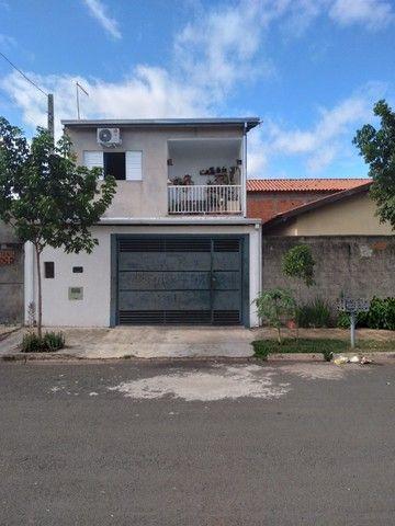 Vende-se ou troca-se duas casas no mesmo terreno - Foto 2