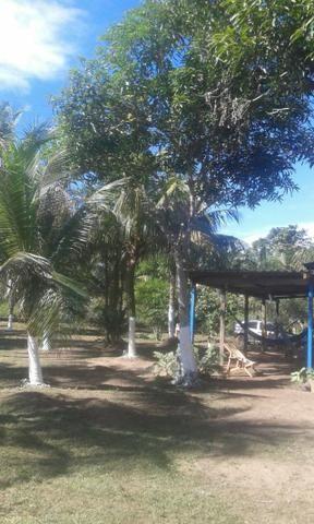 2 chácaras contendo Rio e Lago Medindo 50/250
