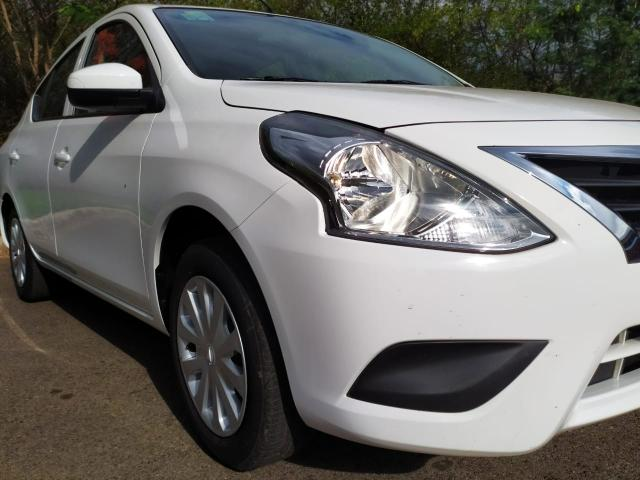 Nissan Versa SL 1.6 16V Flex fuel Mec. Completo 16/17 - Foto 2