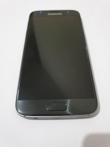 Celular Samsung Galay S7 .muito novo barato