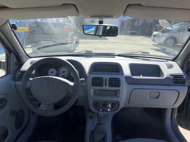 Clio 1.0 2010 - Foto 10