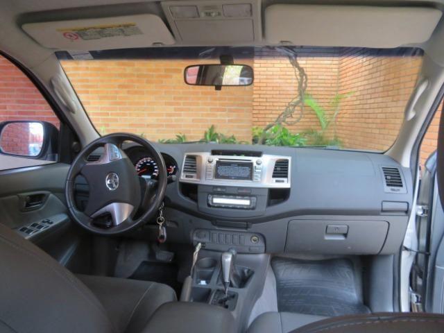 Hilux Diesel 3.0, 4x4 Automática modelo SRV Único dono, Estado de nova - Foto 18