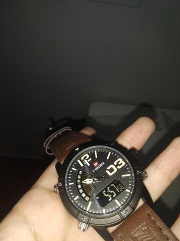 9884ff39afe Relógio Importado Casual NaviForce Original