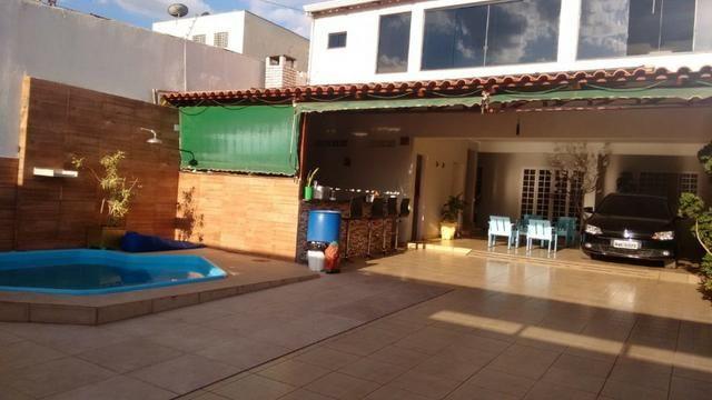 Setor Oeste QD 09, Sobrado 6qts (2 suites), piscina churrasqueira lote 275m² R$ 595.000 - Foto 2