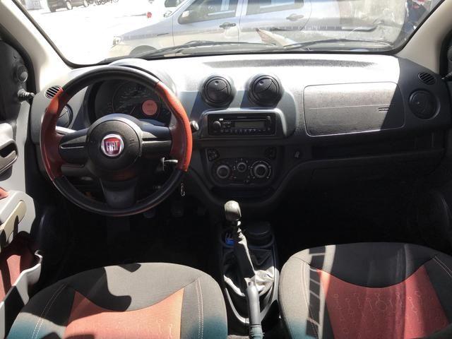 Fiat Uno Sporting 1.4 2014 - Foto 6