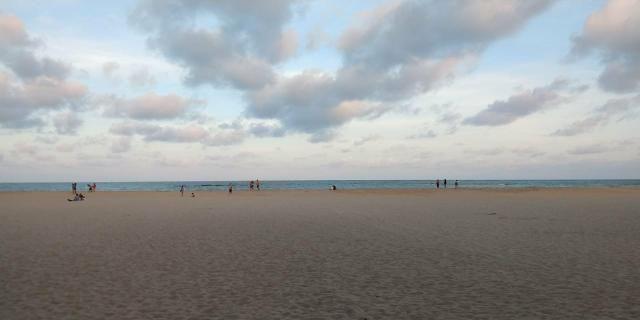 Casa Excelente (Avenida Principal De Candeias) Melhor Parte Da Praia Com 400m2 - Foto 2