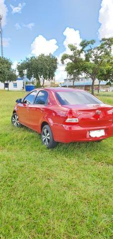 Toyota Etios 2014 1.5 Sedan - Foto 2