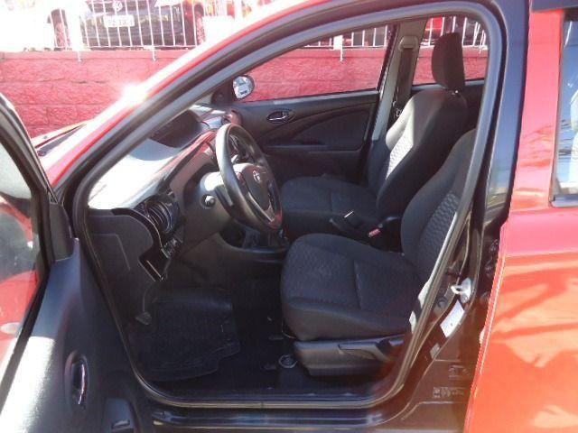 Toyota - Etios Sedan 1.5 X + GNV - Foto 8