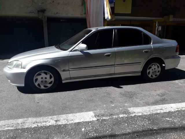 Honda/Civic LX 2000 1.6 Automático