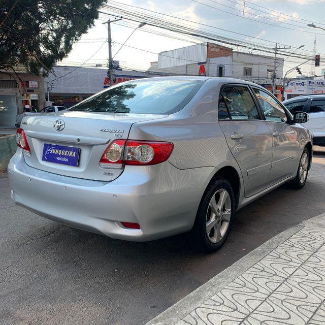 Toyota Corolla Xei 2.0 2013 Automático - Foto 6