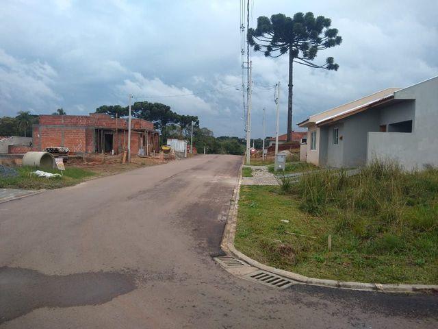 Terreno Campo Largo, Res. Águas Claras, Cond. Fechado, entrada de R$2.300,00 - Foto 3