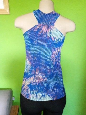 Blusas Femininas em Malha, diversas estampas - M  - Foto 4