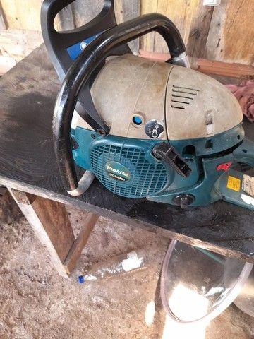 Vendo motor serra makita muito bom 900 reais  - Foto 4