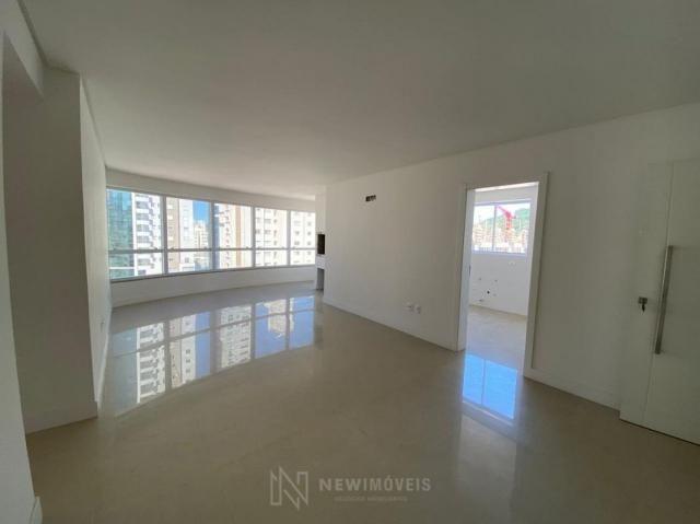 Apartamento de 3 Suítes 2 Vagas em Balneário Camboriú - Foto 11