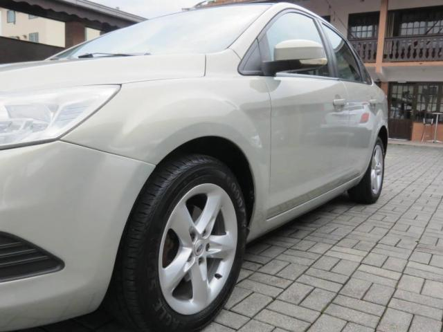 Ford Focus Sedan 2.0  - Foto 9