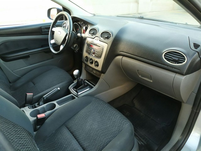Ford Focus 1.6 Hatch 2011  - Foto 10