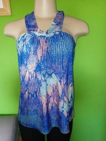 Blusas Femininas em Malha, diversas estampas - M  - Foto 3