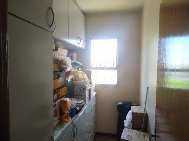 Centro.Rua José Anton/Incluso IPTU.Condomí.Água/Apartamento 3 quartos/Todos c.Armários - Foto 9