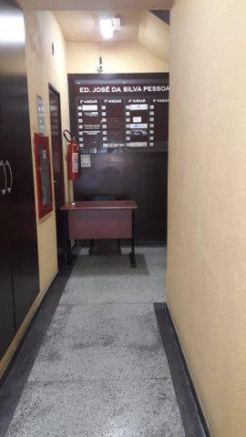 Ótima sala de 40 m2 com copa banheiro c/ box perto de tudo em São Gonçalo ! - Foto 3