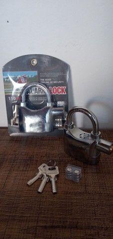 Cadeado de aço antifurto com alarme sonoro - Foto 7