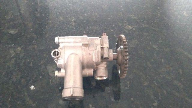 Bomba de oleo da cbx 750 - Foto 4