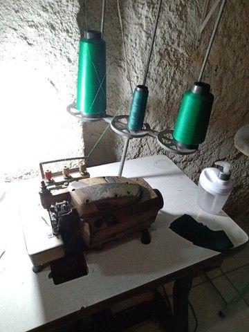 Máquina de overloque - Foto 2