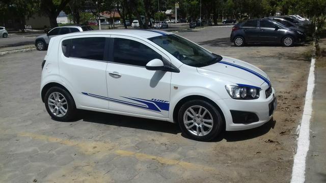 Sonic LTZ automático - carro extra