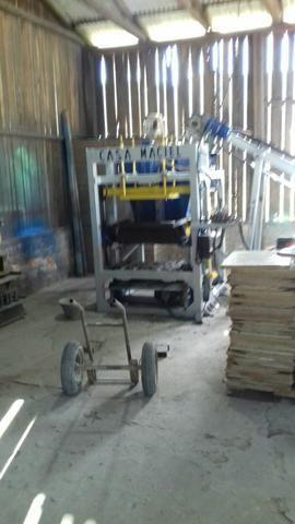 Máquina de blocos de concreto