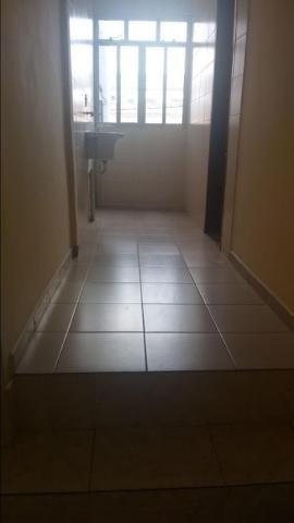 Apartamento com 2 dormitórios para alugar, 65 m² por r$ 850,00/mês - retiro - volta redond - Foto 3