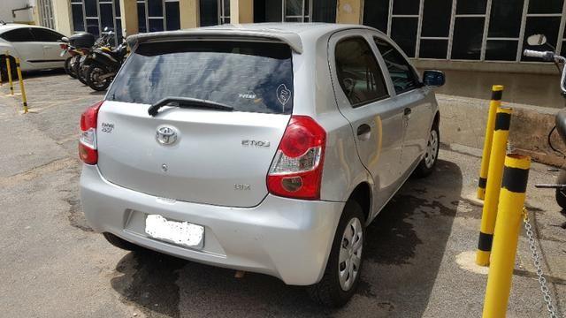 Toyota Etios X 1.3 2013 - Foto 4