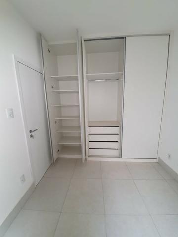 Alugo Lindo Edifício Atalaia com 2/4 - Foto 4