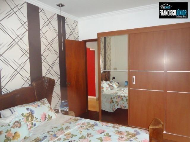 Casa no Setor Coimbra, 4 Quartos 1 suíte, 2 salas, Cozinha com armários, ótima localização - Foto 13