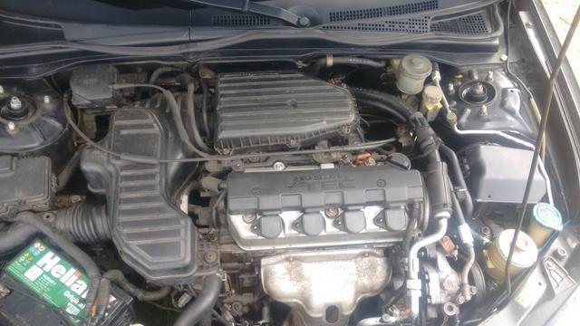 Honda Civic ex 1.7 16 v troco por Burgman 125 ano 2013 com volta do comprador